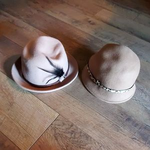 Set of two hats